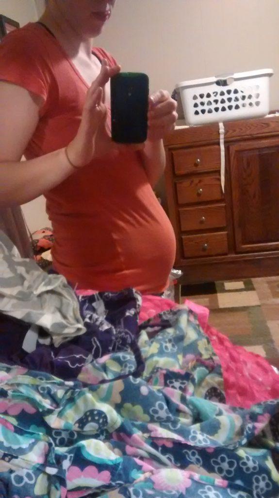 Baby bump 13 weeks